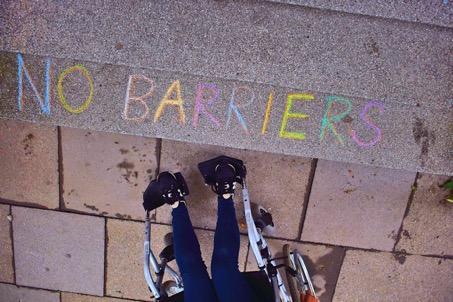 Barrieren und BeHinderungen sind nicht immer sichtbar.
