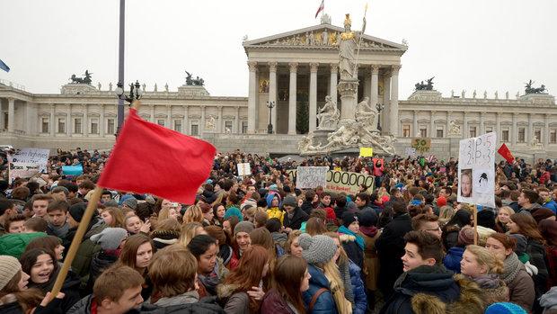 Schüler_innen streiken