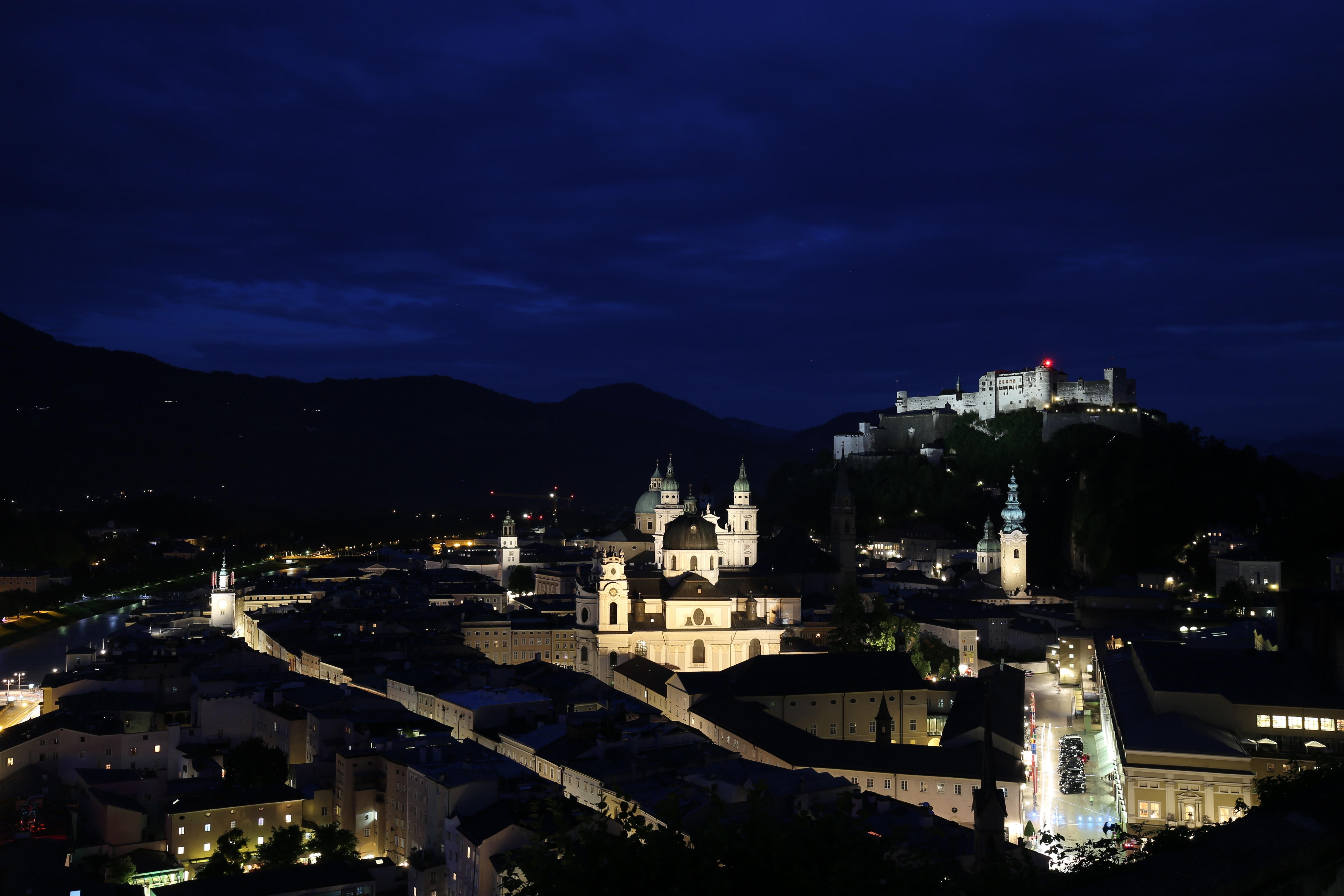 https://www.pexels.com/photo/architecture-austria-buildings-city-417393/